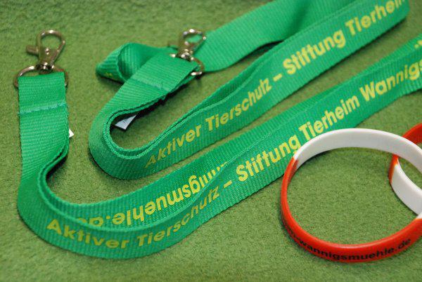 Schlüssel oder Charityarmband